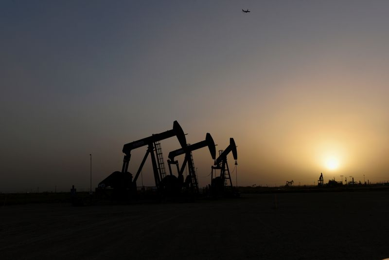Oil price rise muted in 2019 despite sanctions, supply cuts, attack in Saudi Arabia
